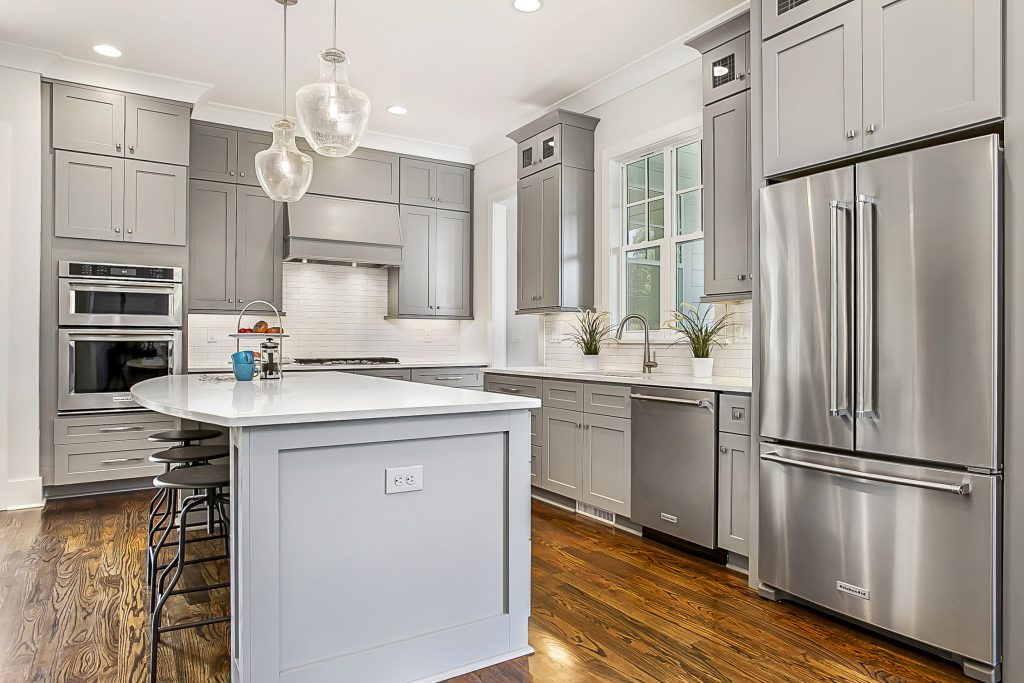 Gray-Scale-Services-677-Marsh-Road-Kitchen-View-Real-Estate-Photography
