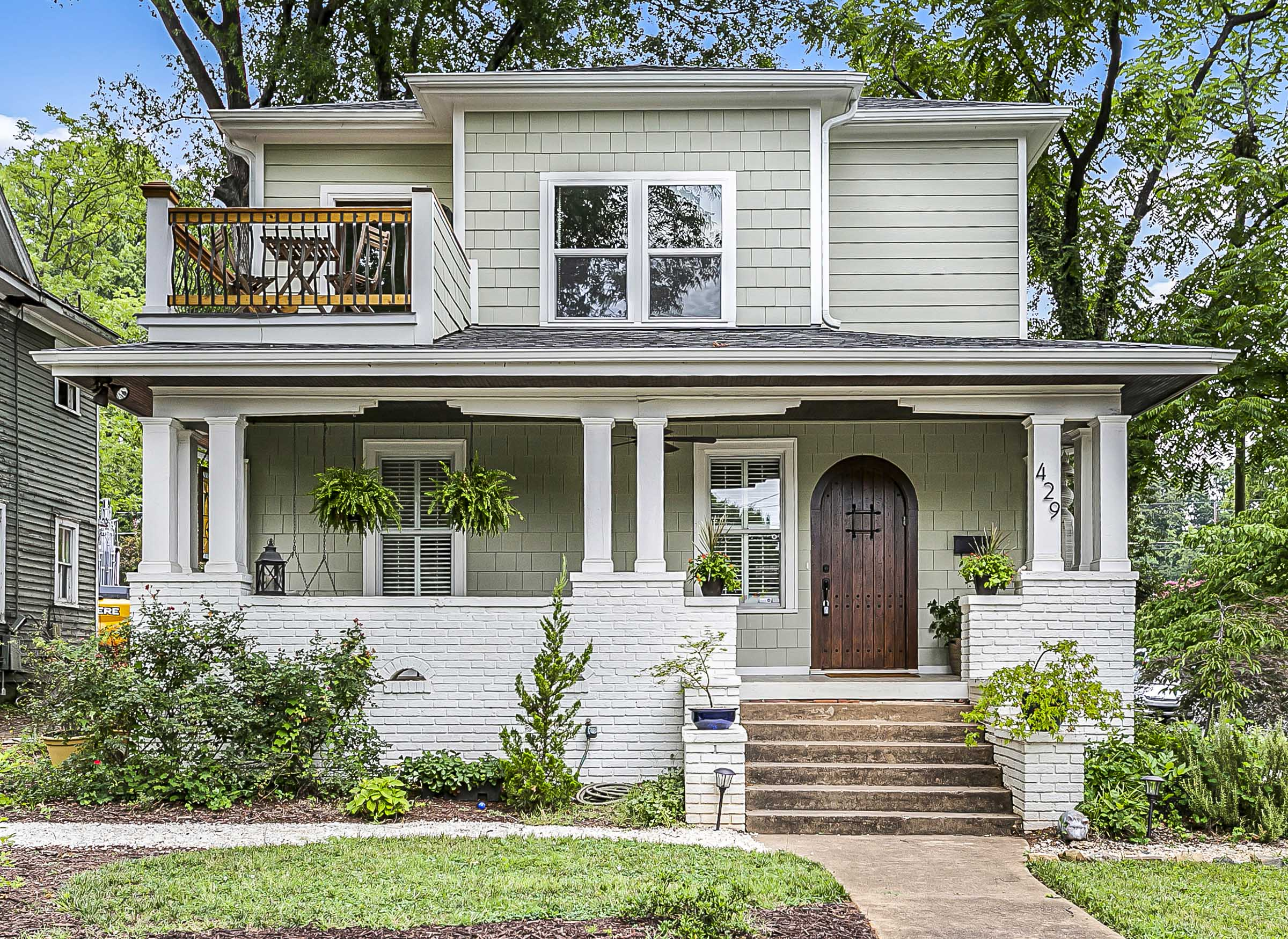 Front Exterior view of home at 429 Pecan Ave. This was an honor to provide professional home measurements and magazine quality professional photographs for the Redbud Group at Keller Williams!